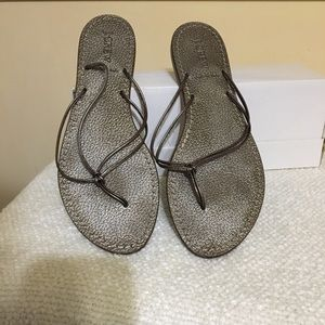 J Crew Pewter Knotted Thong Sandal - size 9